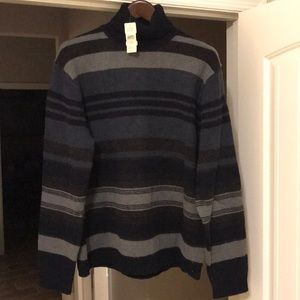 Banana Republic wool turtle neck sweater *NWT*